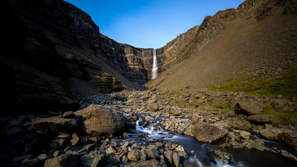 9-iceland-hengifoss