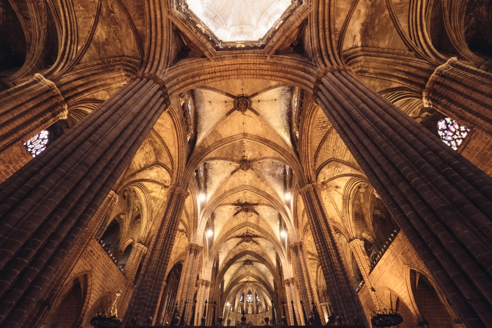 1-barcelona-cathedral-ceiling